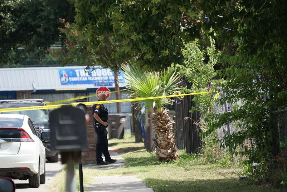 A woman, in her 20s, was allegedly shot Wednesday, July 24, 2019 in the 1600 block of Romero, according to San Antonio police. Photo: Jacob Beltran / San Antonio Express-News
