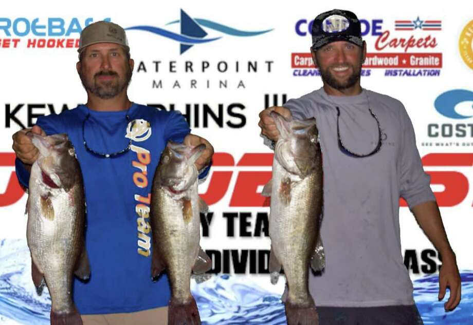 Clint Lipham and Taylor Robbins came in first place in the CONROEBASS Tuesday Tournament with a stringer weight of 16.06 pounds. Photo: Conroe Bass