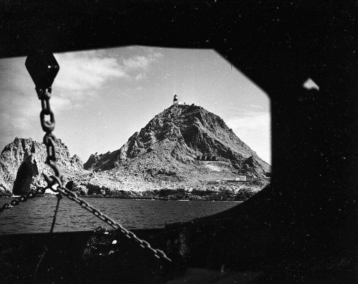 The Census enumerator Helen Leslie Mabbott hits the Farallone Islands, to take count of the 30 or so residents, March 28, 1950