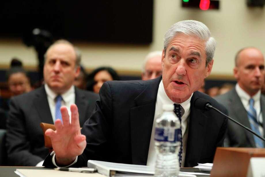 Robert Mueller declara ante la Comisión de Asuntos Jurídicos de la Cámara de Representantes en el Congreso en Washington el 24 de julio del 2019. Photo: Andrew Harnik /Associated Press / Copyright 2019 The Associated Press. All rights reserved