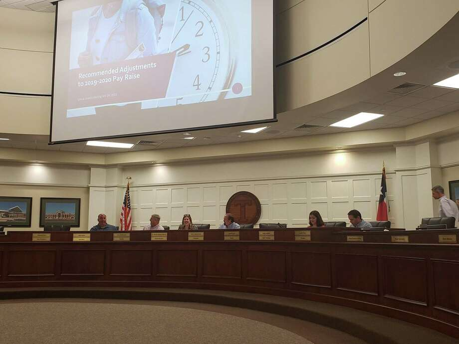 The Tomball ISD board of trustees convenes for a meeting on July 24, 2019. Photo: Melanie Feuk
