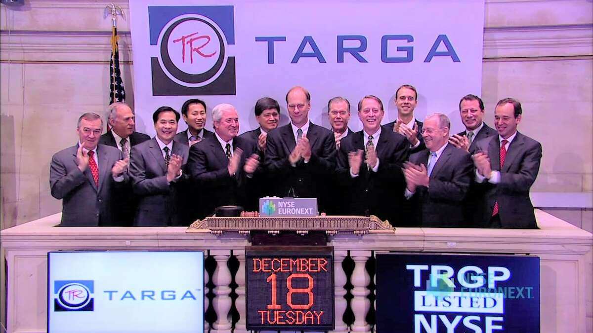 Houston natural gas pipeline operator Targa Resources is cutting nearly one-third of its budget for new projects amid record low commodity prices.