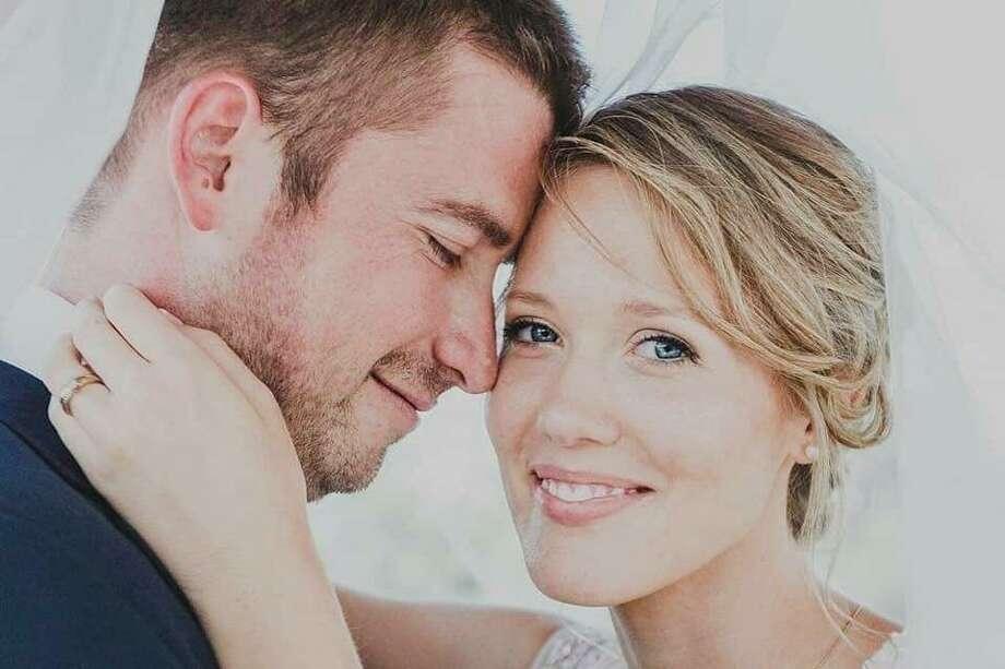 Sophie Riling-Rosetsky and Rodrigo Rosetsky Photo: Provided / EyJpdiI6Imd4aGpBaFwvbmFSakhhV1lCZzVJcmVRPT0iLCJ2YWx1ZSI6IkcyOG55c3J6bkVQdDUxSkdpTVwvUTFYTHdDK0hUbWoySm5ZQ1hId280N0padlhcL2gzbzhC