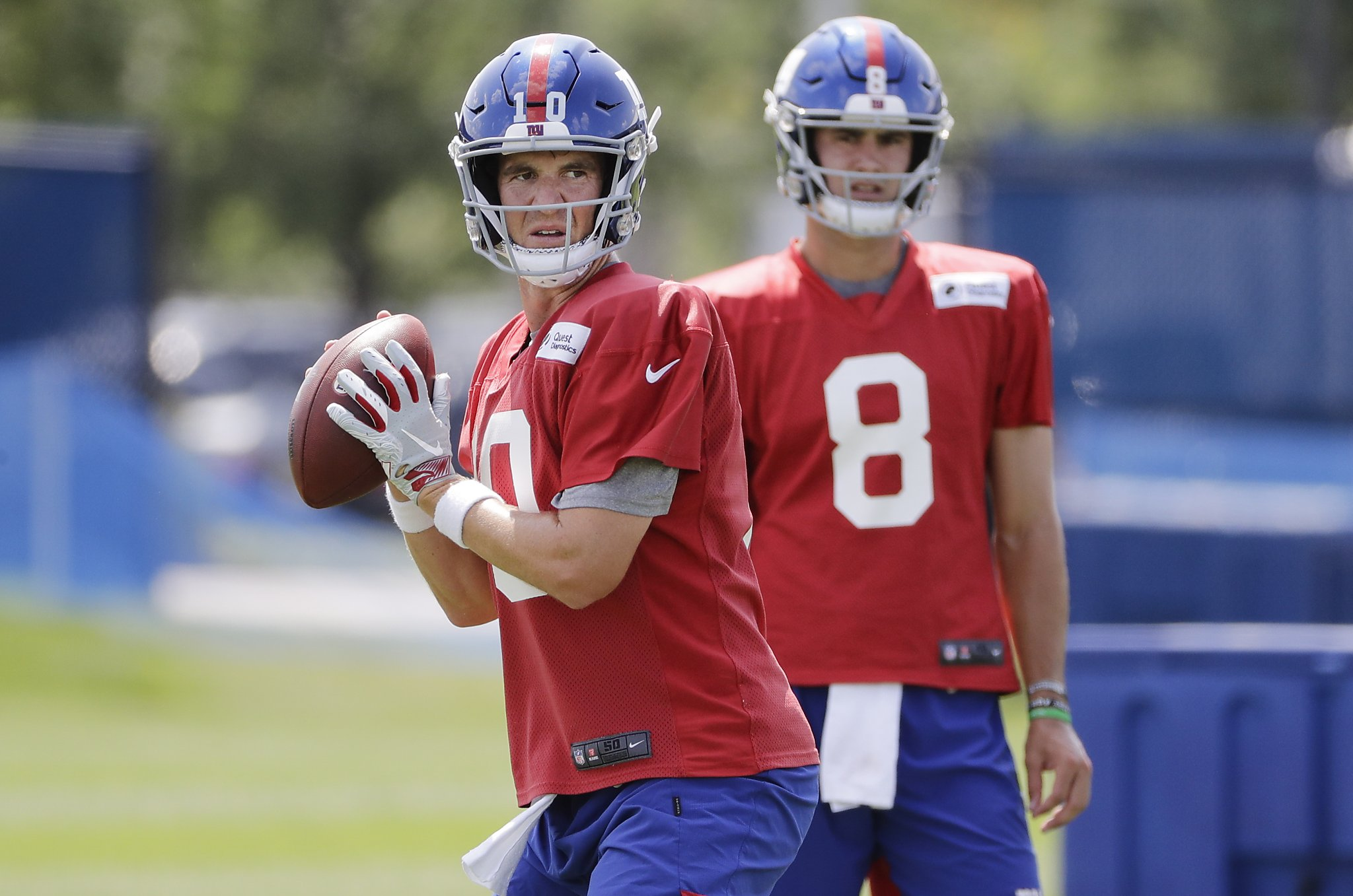 With Daniel Jones Waiting When Do Giants Sit Qb Eli Manning