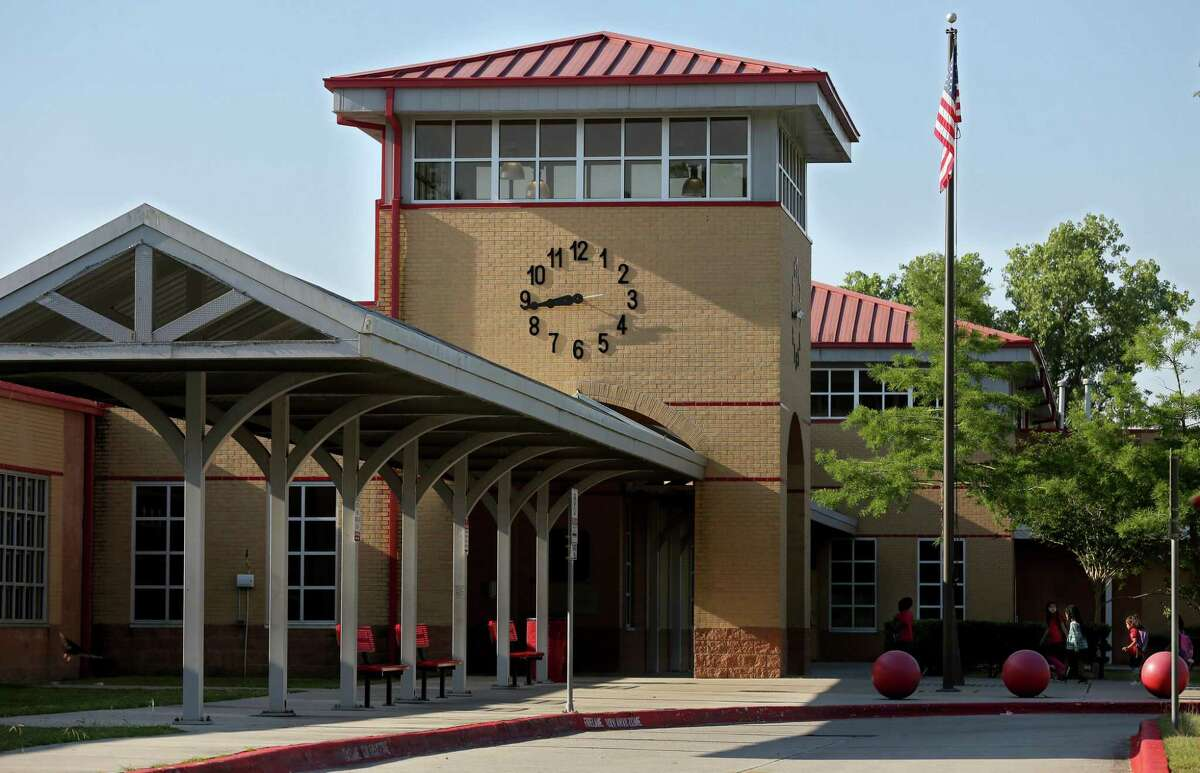 Highland Heights Elementary is one of four struggling HISD schools that must earn a D grade or better under the state accountability system to avoid triggering major state sanctions.