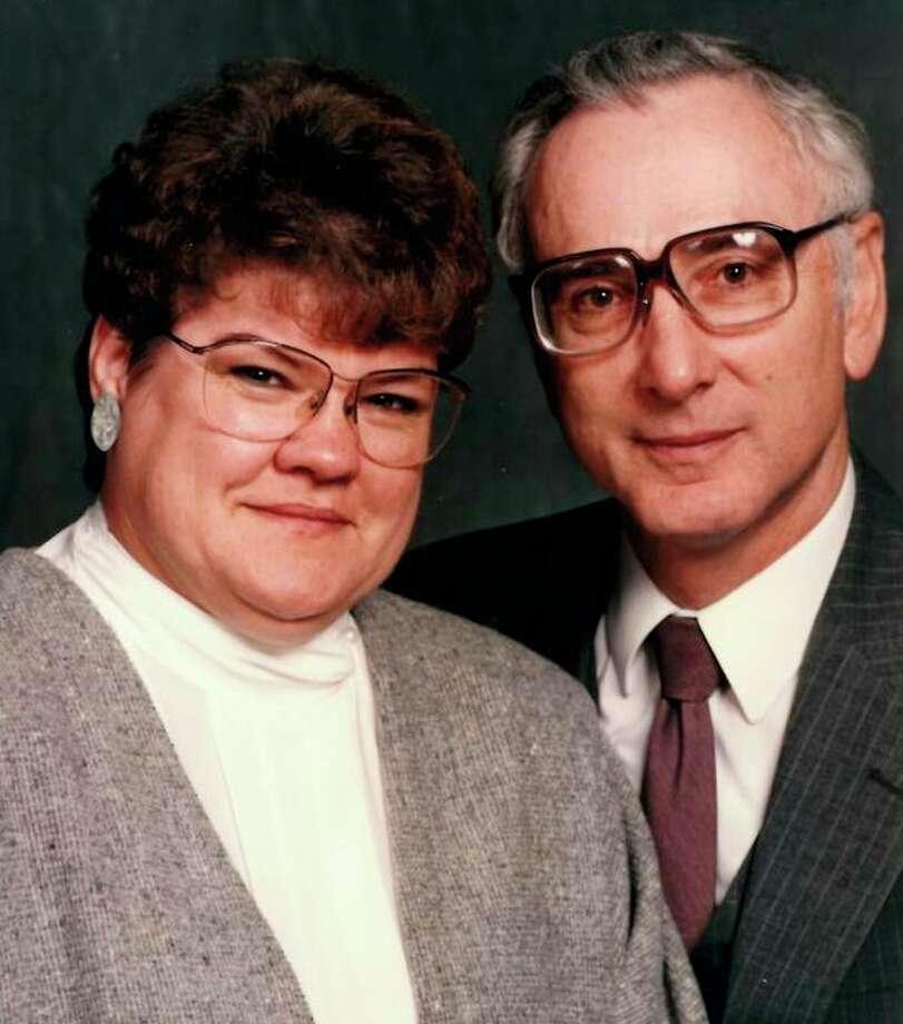 Linea and Lee Walkowski