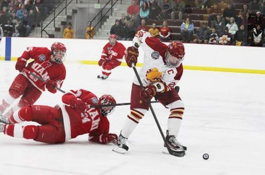 TO THE NET: Ferris State forward Kyle Bonis makes his way toward the net during first period action on Friday. (Pioneer photo/Martin Slagter)