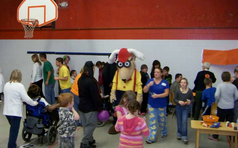 HALLOWEEN: Big Rapids Elks Lodge No. 974 held its annual Halloween party for special needs students at MOISD. (Courtesy photo)