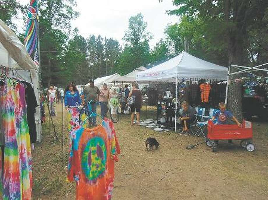 The 27th annual Flea Roast and Ox Market will feature a variety of vendors and booths for attendees to enjoy, as well as many other activities for people of all ages. This year's event will be held from June 27-30. (Pioneer file photo)