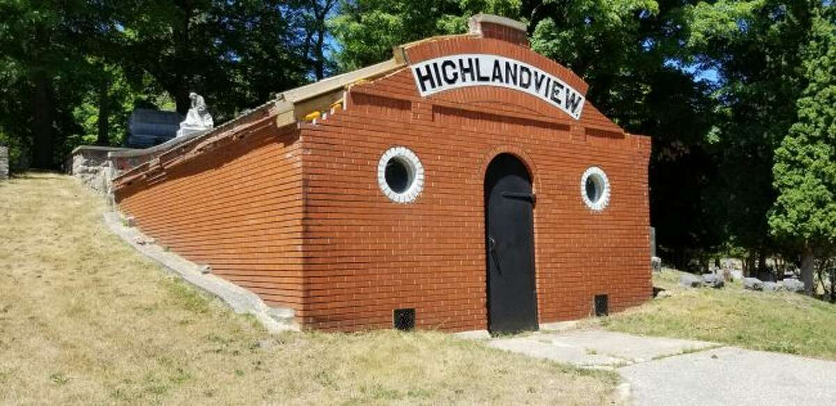 A committee of local volunteers is continuing to attempt to raise money to restore and repurpose the old vault building at Highlandview Cemetery. The hope of the committee is to provide the community with an area to host burial services and provide a space for meditation and reflection year-round. (Pioneer file photo)