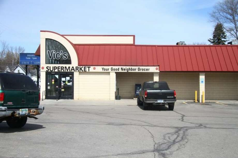 Vic's Supermarket in Reed City is set to close its doors next week. The grocery store has been in Reed City for more than 50 years. (Pioneer photo/Emily Grove)