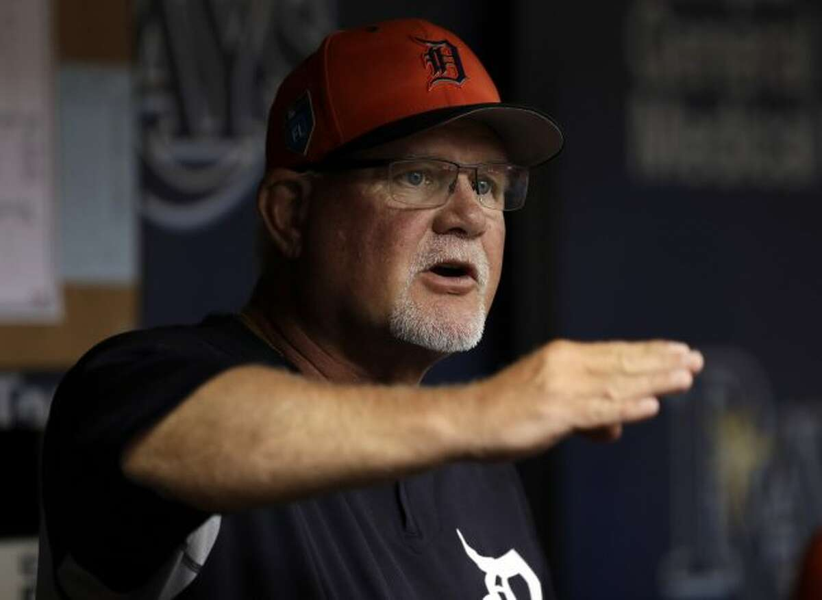 Detroit Tigers manager Ron Gardenhire gestures as he talks to his players during the first inning of a spring training baseball game against the Tampa Bay Rays on Tuesday. (AP Photo/Chris O'Meara)