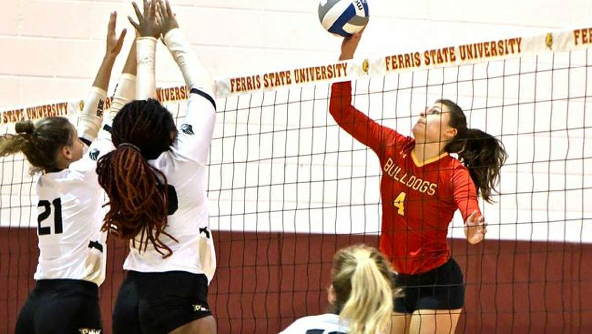 Ferris State junior Allyson Cappel (4) and the Ferris volleyball team has climbed two spots back to #11 in the nation in this week's American Volleyball Coaches Association (AVCA) Division II Rankings. (Photo courtesy of Ferris State Athletics)