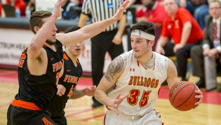 Zach Hankins averaged 15.1 points, 9.7 rebounds, and 3.3 blocks per game this season. (Photo courtesy of Ferris State Athletics)