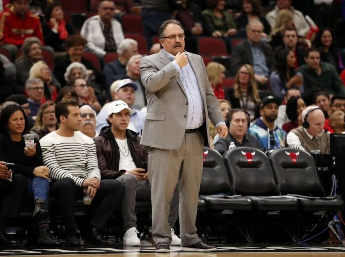 Detroit Pistons head coach Stan Van Gundy coaches against the Chicago Bulls during the first half of an NBA basketball game in Chicago, Wednesday, April 11, 2018. (AP Photo/Jeff Haynes)