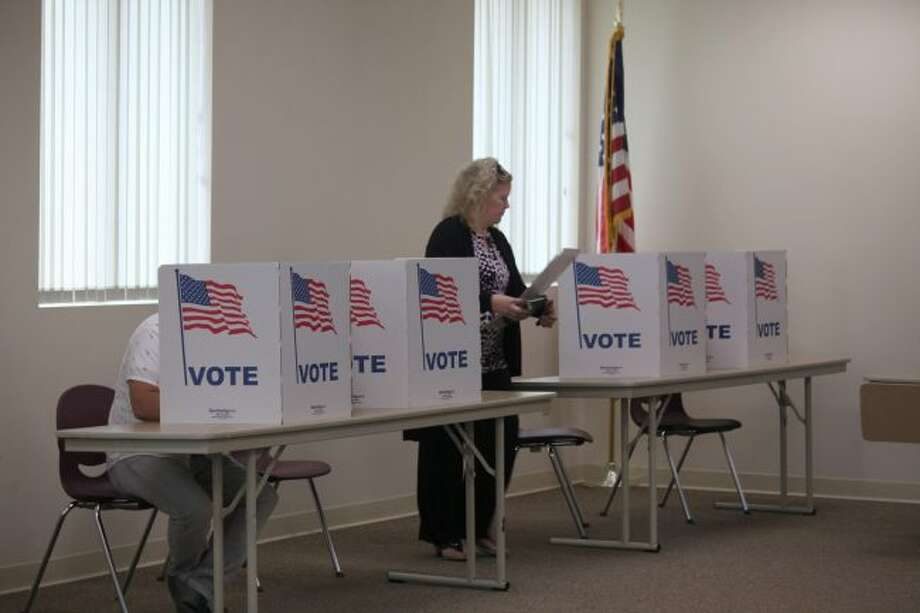 The deadline to register to vote in the Michigan general election is Tuesday, Oct. 9. Residents can register by mail or in person at their city or township clerk's office or by visiting any Secretary of State. (Pioneer file photo)