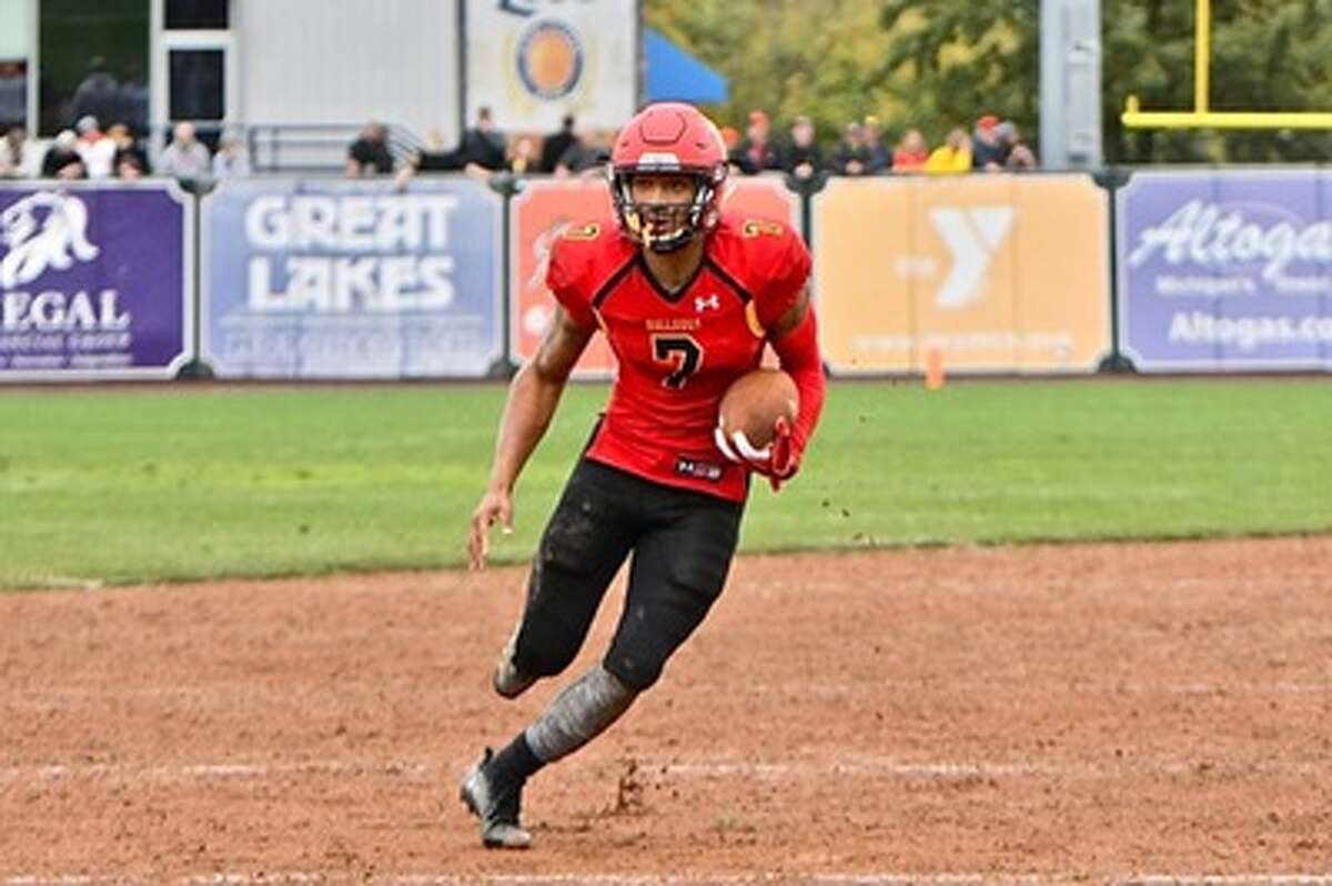 Quarterback Jayru Campbell accounted for more than 300 yards of total offense and four scores as the Bulldogs rolled up 616 yards of total offense. (Photo courtesy of Ferris State Athletics)