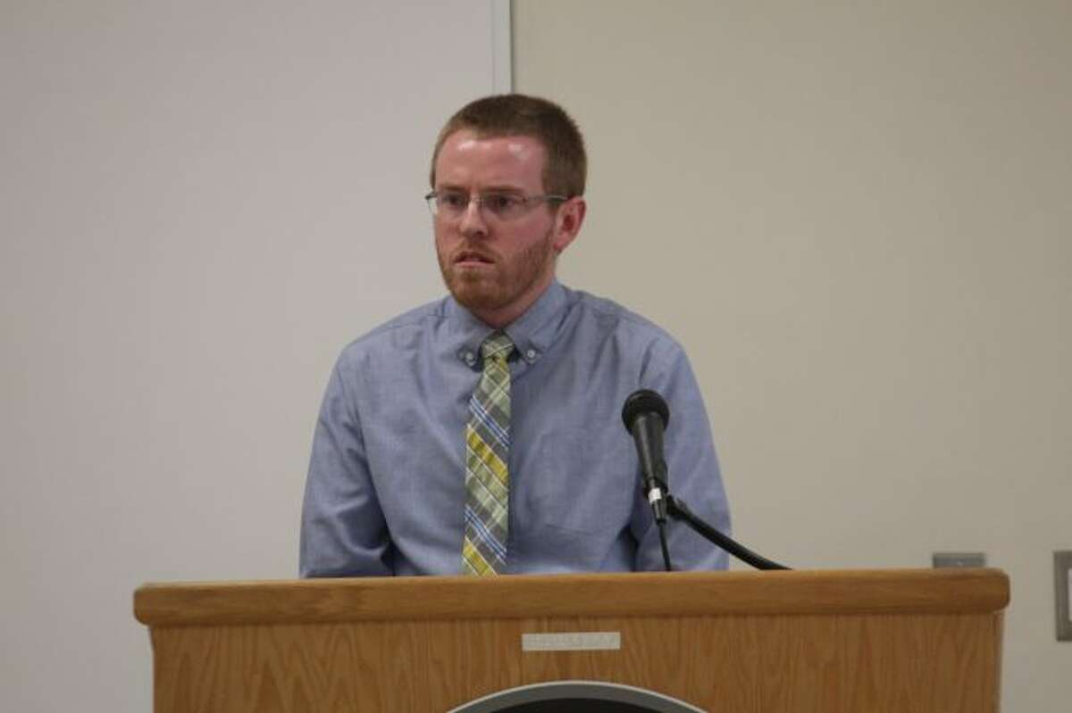 Big Rapids Treasurer Aaron Kuhn discusses the 2018-19 budget plan during the Big Rapids City Commission meeting Monday night at the Department of Public Safety. It was the introduction of the budget plan to city officials. (Pioneer photo/Brandon Fountain)
