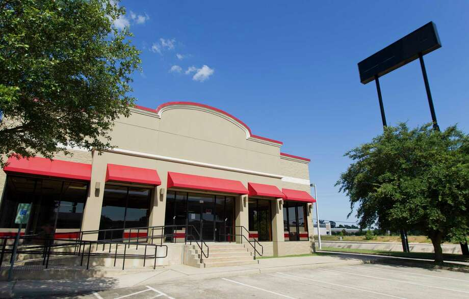 The city of Conroe released a permit for the remodel of a former Mattress Firm building for Cindie's, an adult novelty store, after the city pulled the permit over concerns of it location and merchandise. Photo: Jason Fochtman, Houston Chronicle / Staff Photographer / Houston Chronicle