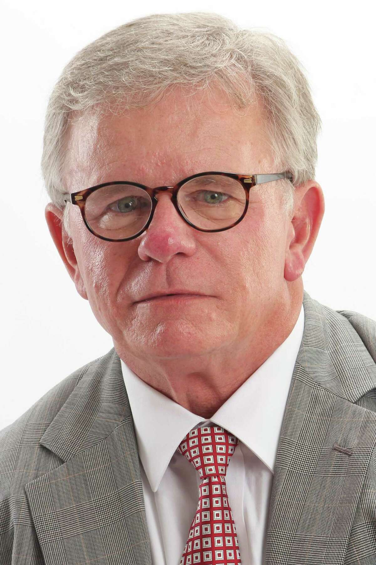 Walter Cooke, a nearly three-decade resident of The Woodlands and a local attorney, lost his 2019 bid for a seat on the Board of Directors. In the 2020 election, he has worked as both the vice president and treasurer for the TownshipFuture PAC while also working as the campaign treasurer for Jimmie Dotson, who is seeking the Position 2 seat.