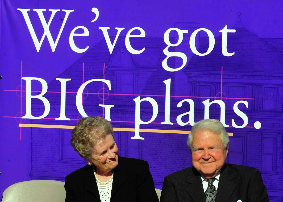 Philanthropists Carol and George Bauer attend an announcement ceremony in front of a mansion on the campus of University of Bridgeport in Bridgeport, Conn. on Thursday Oct. 12, 2017. The Bauer's are giving $2.3 million to transform the old home into a comprehensive innovation center, which will be called Bauer Hall. Their donation will refurbish the 8,600 square-foot building to house a slew of resources (design software, 3D printer, maker space, conference rooms, etc. etc.) and experts (attorneys, marketing gurus, engineers) to support CT businesses, start-ups, and UB student-entrepreneurs.
