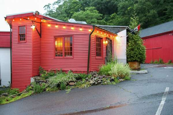 Jane Stern A Classic Westport Restaurant Comes Back Sort