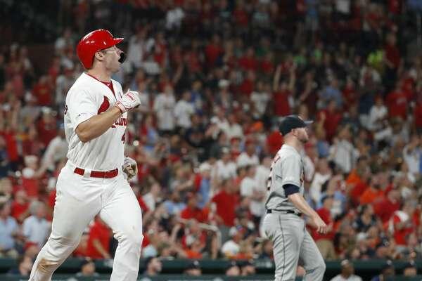Astros drop series opener to Paul Goldschmidt, Cardinals