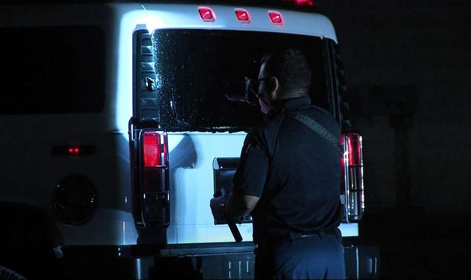 San Antonio police are investigating a shooting that happened at around 3:56 a.m. Saturday on the city's Northwest Side in the area near the intersection of Hillcrest Dr. and Willard Dr. Photo: JJ Trevino/21 Pro Video