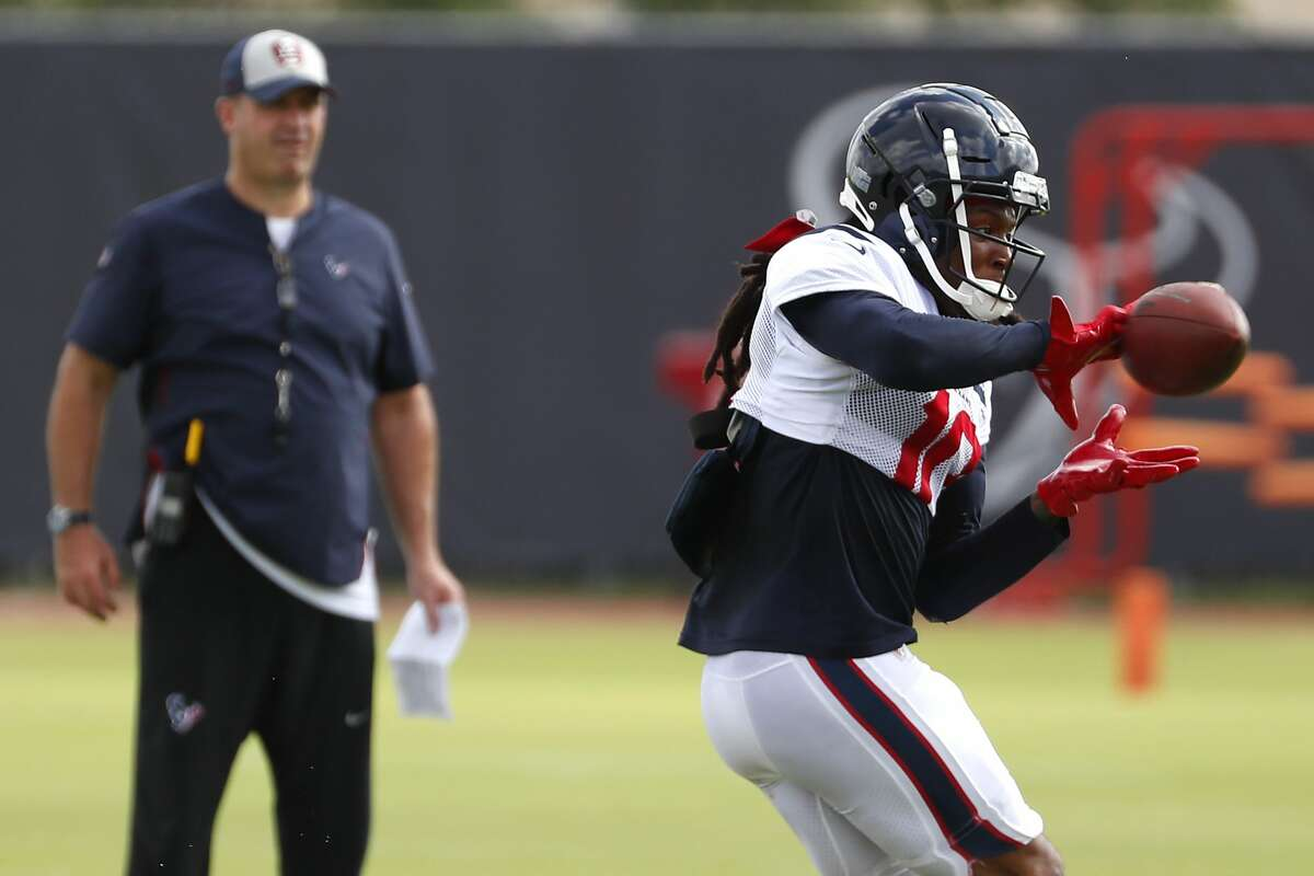 Texans coach Bill O'Brien's decision to trade franchise great DeAndre Hopkins still has fans in a lather.
