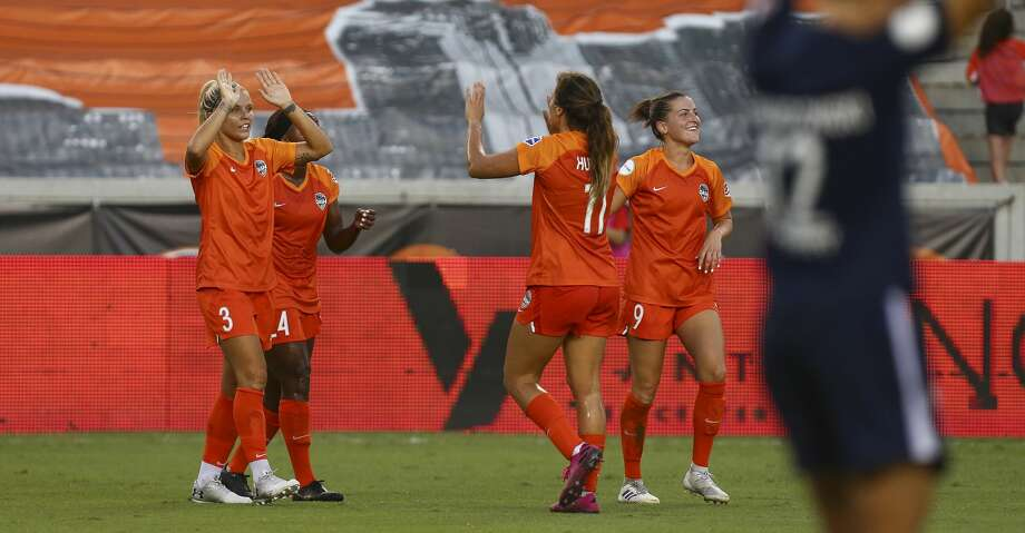 Houston Dash forward Rachel Daly (3) celebrates with teammates after scoring a goal against Sky Blue FC during an NWSL match at BBVA Stadium Sunday, July 28, 2019, in Houston. Photo: Godofredo A Vásquez/Staff Photographer