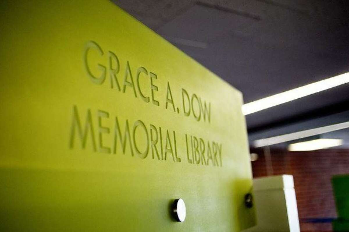 Grace A. Dow Memorial Library in Midland