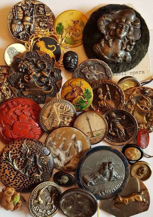 From 11 to noon July 31, 2019, children in seventh and eighth grade can make button collages in the Ehlers Meeting Room of the Edith Wheeler Memorial Library, 733 Monroe Turnpike, Monroe. Photo: Jamie Wolfe / Space City Button Club / Jamie Wolfe / Space City Button Club