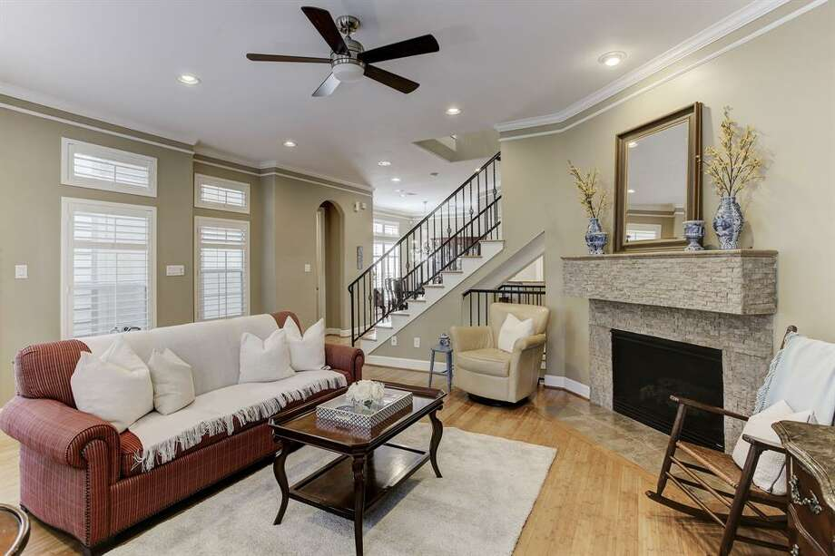 1. 422 Fowler Street, HoustonSold Price Range: $370,000 - $420,0002,387 square feet Photo: Houston Association Of Realtors