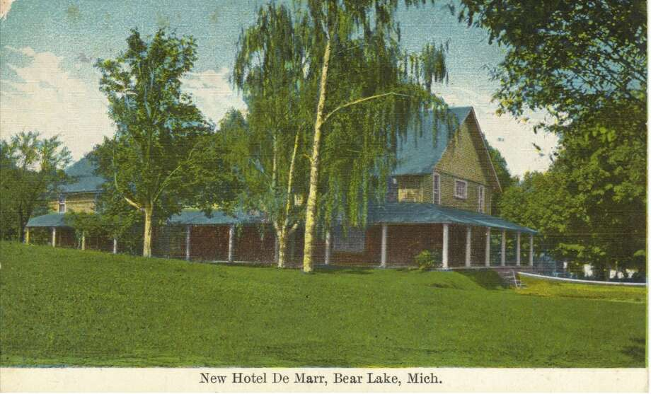 A 1930s post card of a hotel that existed in Bear Lake at that time. (Courtesy Photo/Manistee County Historical Museum)