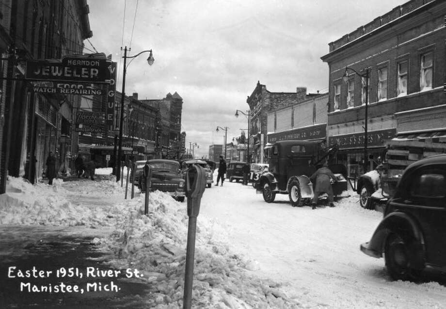 A Easter snowstorm hit the Manistee area in 1951 dumping lots of snow on the area.