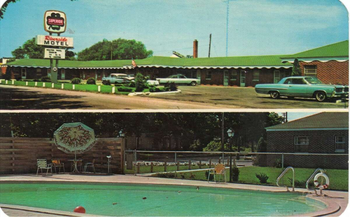 An early 1960s post card showing Manistee's Riverside Motel. (Courtesy Photo/Manistee County Historical Museum)