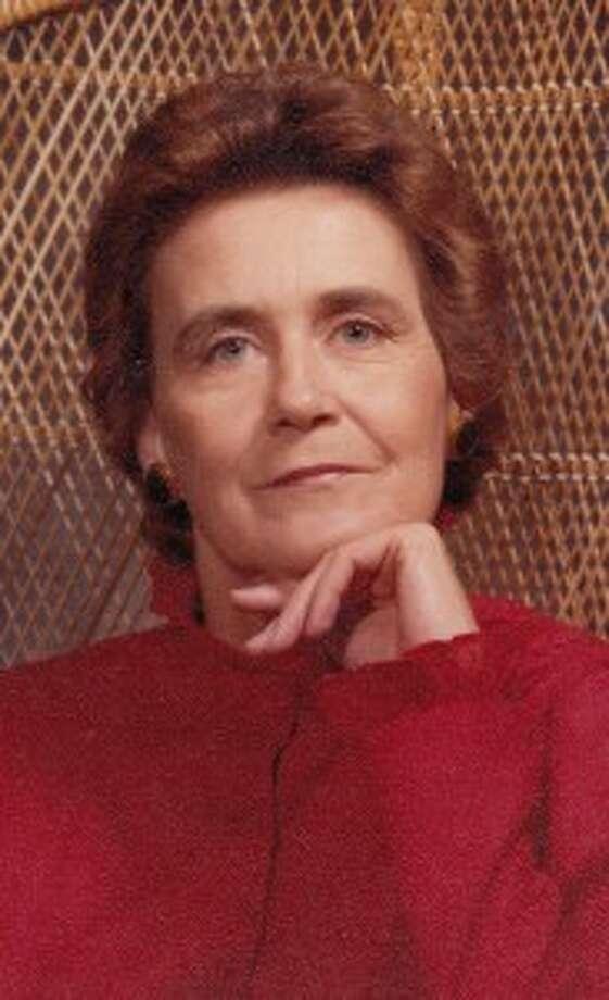 Elizabeth Loucille Devereaux