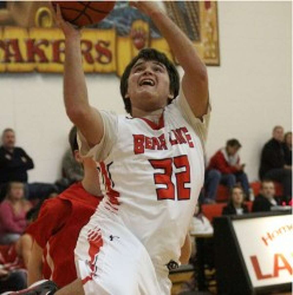 Bear Lake's Josh Santa elevates for a shot during a win against Crossroads on Thursday. (Dylan Savela/News Advocate)