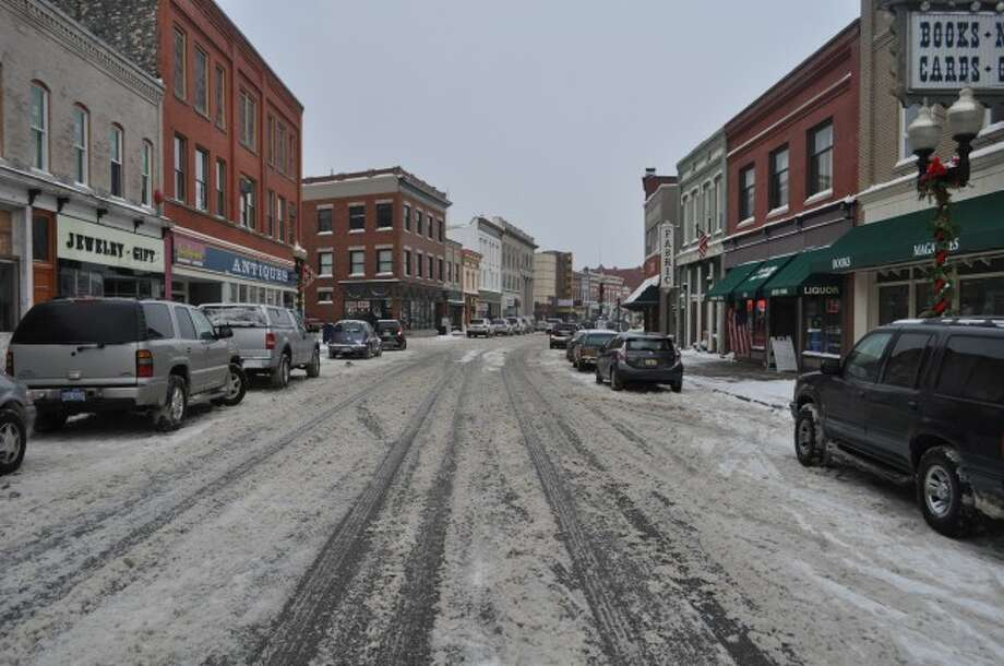 The Manistee Main Street/Downtown Development Authority will likely host a forum to discuss the possibility of converting River Street to two-way traffic. The meeting has not yet been scheduled.