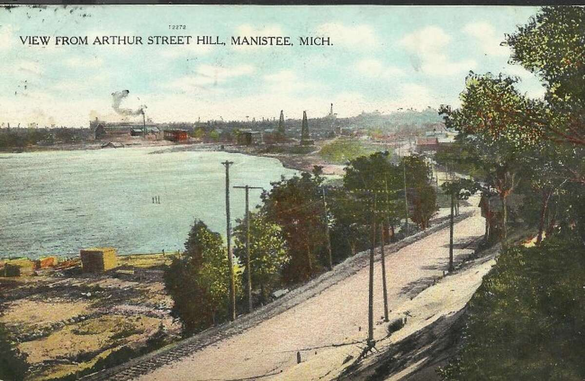 This early 1900 view of Arthur Street shows what it looks like prior to the building of a four-lane road in that area.