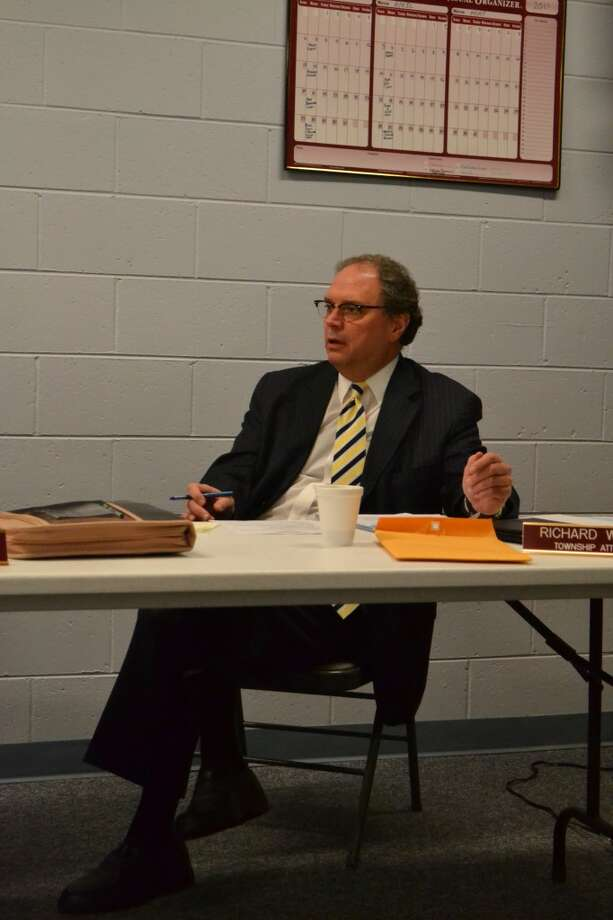 Richard Wilson, attorney for Filer Township, explains his thinking to the Filer Township Board Tuesday night. The board unanimously decided to issue a moratorium on wind turbine construction. (Meg LeDuc/News Advocate)