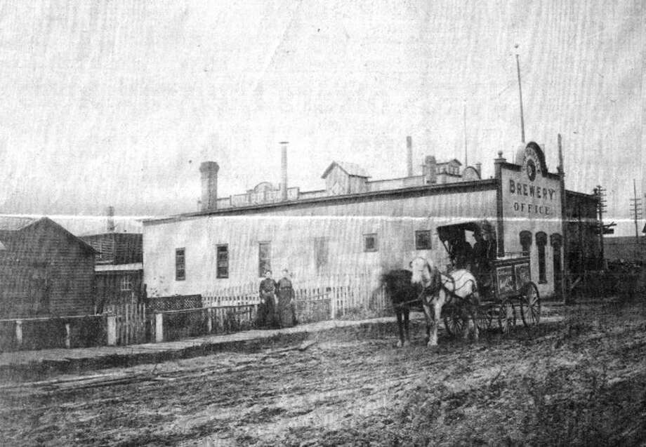 The Manistee Brewing Company was formerly located on Mason Street.