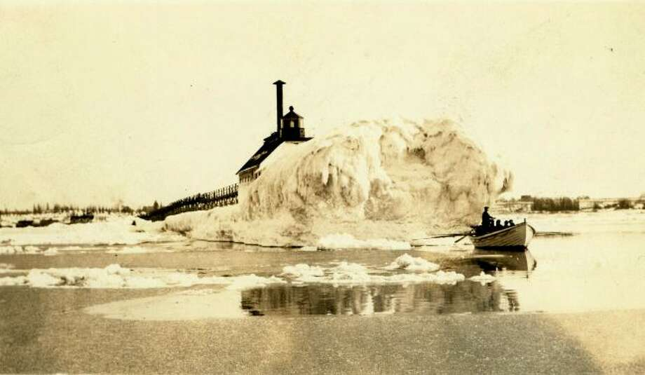 There were many years in the 1890s when the ice buildup on the end of the pier at Fifth Avenue Beach was quite extensive as shown in this picture.