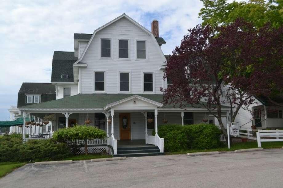 Portage Point Inn