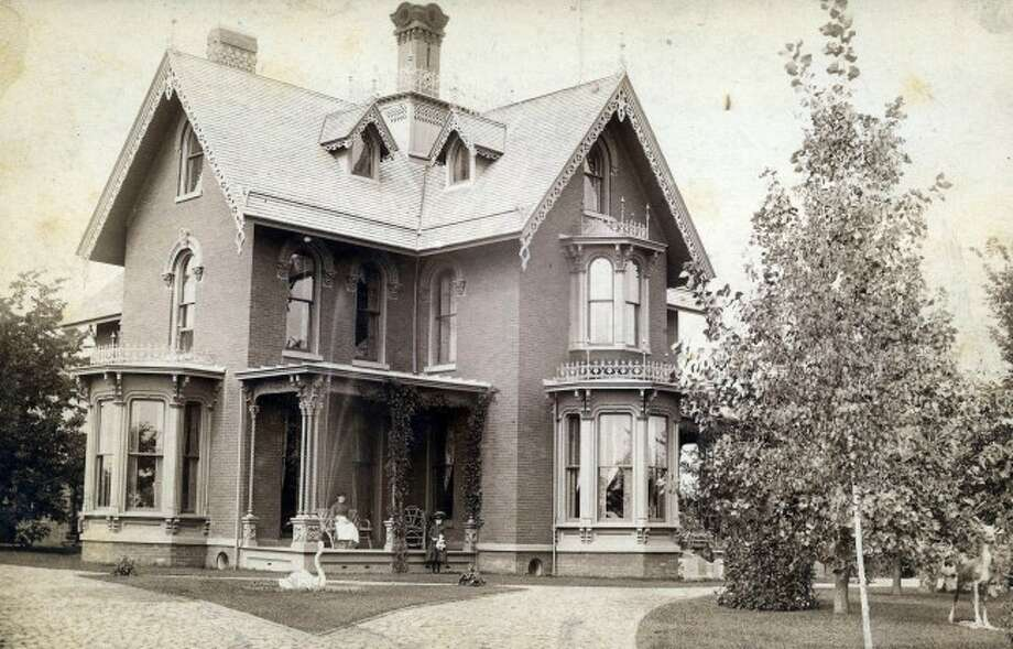 The E.G. Filer mansion is shown in this 1900s picture.