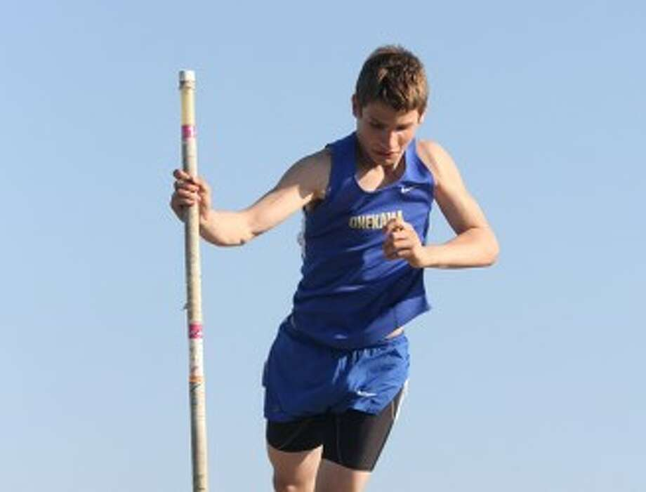 Onekama's Randy Pienta took second place in the pole vault to help the boys to a win in a West Michigan D League jamboree at Mason County Eastern on Wednesday. (Dylan Savela/News Advocate)