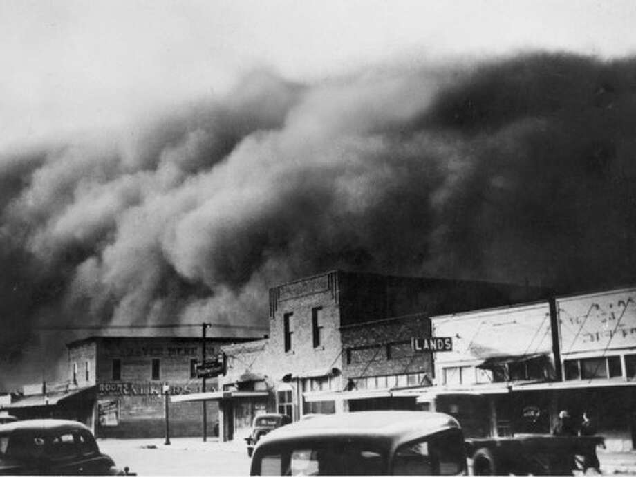 A dust storm wreaks havoc on the Great Plains circa 1930. In 1934, Manistee experienced small effects from a large dust storm that swept across the nation during the spring of that year.