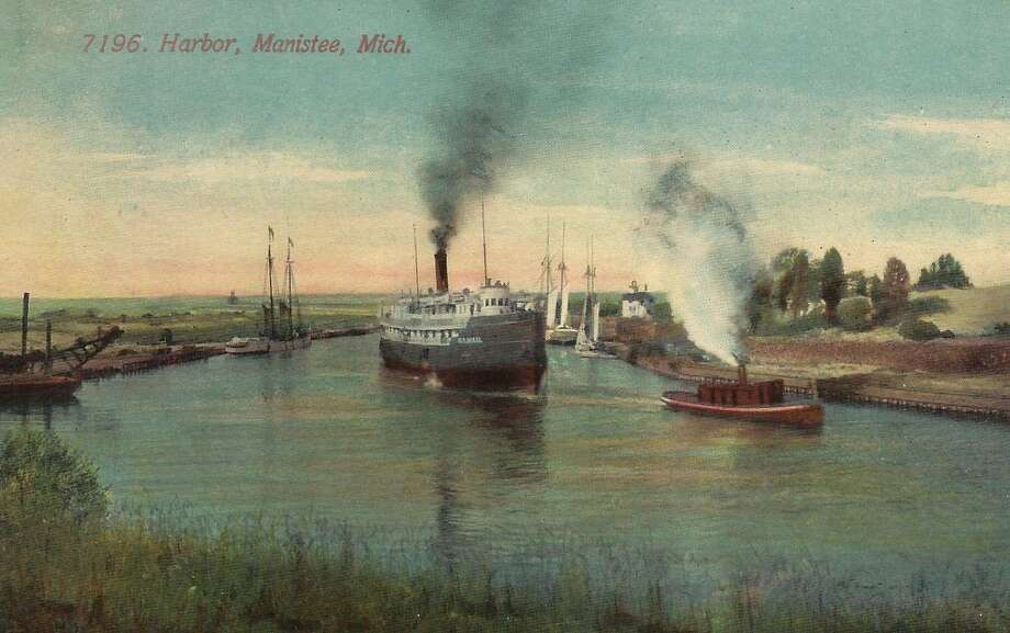 Steam power on the Manistee River Channel in the early 1900s. (Courtesy Photo/Dale Picardat)