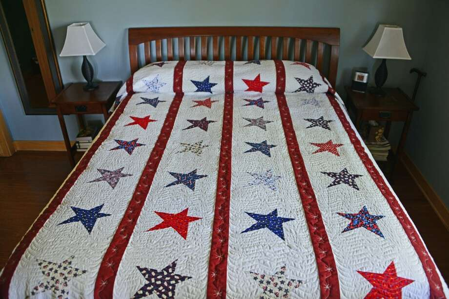 A queen/king-size quilt of glory created by Judy Blackmore and quilted by Sandra Harris is part of the outside auction for the Portage Lake Association's annual fund raiser. The annual Portage Lake Association dinner will be held on June 22 at the Little River Casino Resort. (Courtesy Photo)
