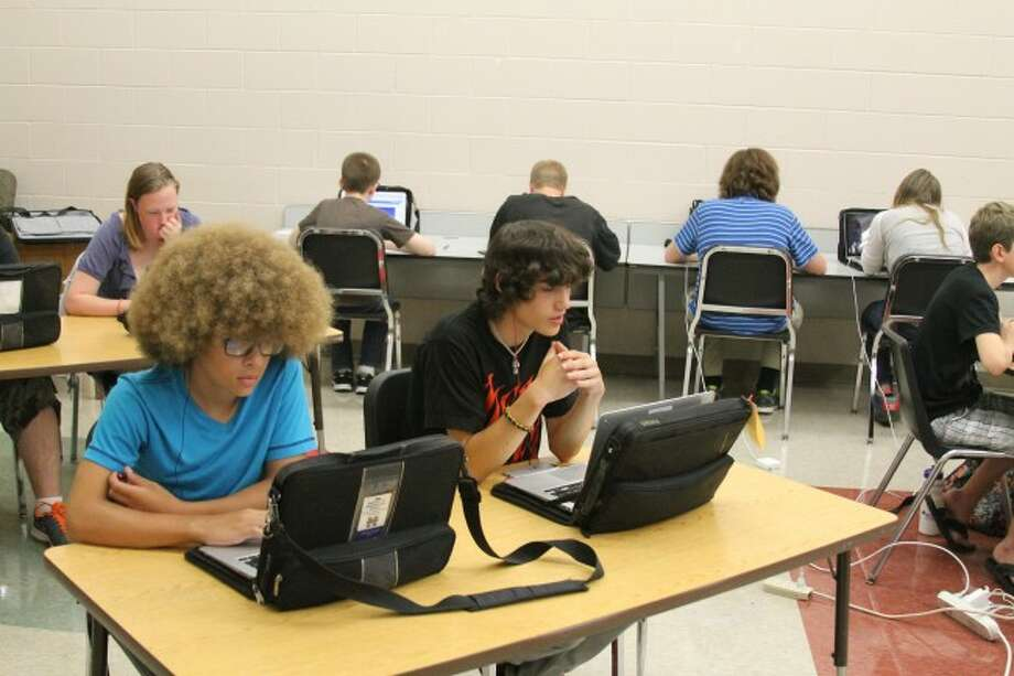 Manistee Area Public Middle/High School students are using the new Gradpoint online system this summer for their classes. They previously used the Nova Net system, but have been given more options with the new system.